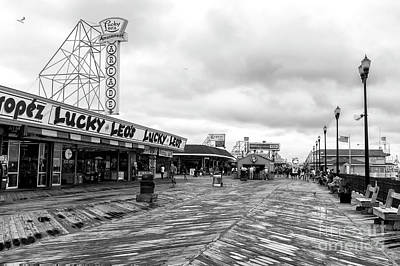 Lucky Leo's Seaside Heights Art Print