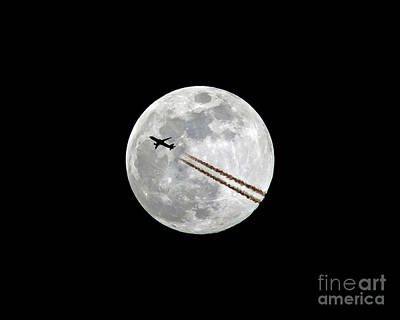 Photograph - Lunar Photobomb by Kevin McCarthy