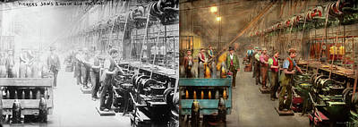 Photograph - Machinist - War - The Shell Dept 1900 - Side By Side by Mike Savad