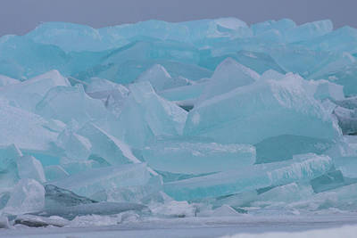 Photograph - Mackinaw City Ice Formations 21618010 by Rick Veldman