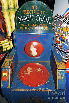Photograph - Magic Chair Vintage Penny Arcade Machine Dsc6823 by Wingsdomain Art and Photography