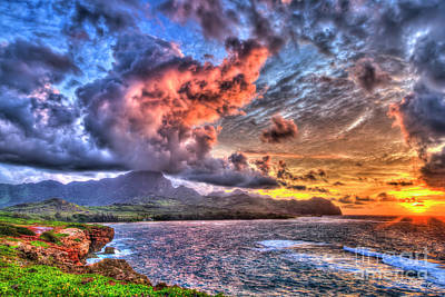 Photograph - Maha Ulepu Beach 2 Sunrise Kauai Hawaii Art by Reid Callaway