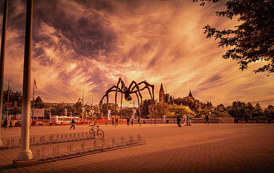 Photograph - Maman - Ottawa by Juan Contreras