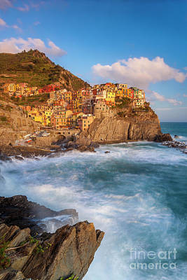 Photograph - Manarola Evening by Brian Jannsen