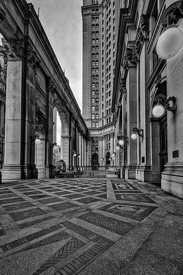 Photograph - Manhattan Nyc Municipal Building Bw by Susan Candelario