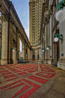 Photograph - Manhattan Nyc Municipal Building by Susan Candelario