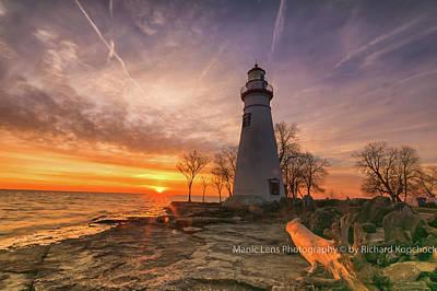 Photograph - Marblehead Lighthouse Sunrise  by Richard Kopchock