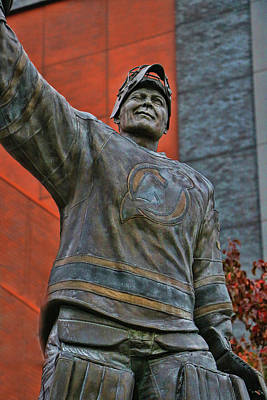Photograph - Martin Brodeur Statue - The Salute # 2 by Allen Beatty