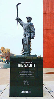 Photograph - Martin Brodeur Statue - The Salute # 4 by Allen Beatty
