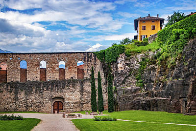 Photograph - Martrys Courtyard At Buonconsiglio Castle by Carolyn Derstine