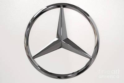 Aretha Franklin - Mercedes Benz Logo by Wdnet Studio