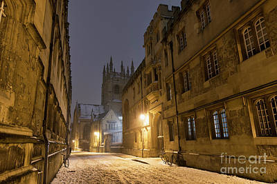 Photograph - Merton Street Oxford In Winter Before Dawn by Tim Gainey