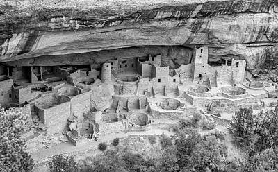 Photograph - Mesa Verde Cliff Dwellings by Gordon Ripley