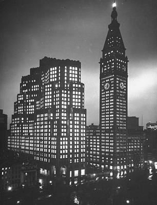 Photograph - Metropolitan Life Insurance Co by Herbert Gehr