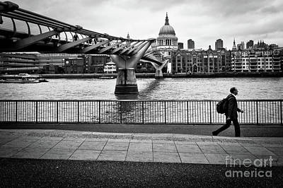 Photograph - millennium Bridge 02 by Arnaldo Tarsetti