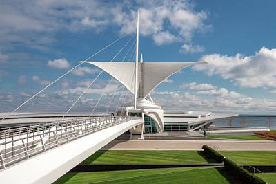Photograph - Milwaukee Art Museum by Todd Klassy