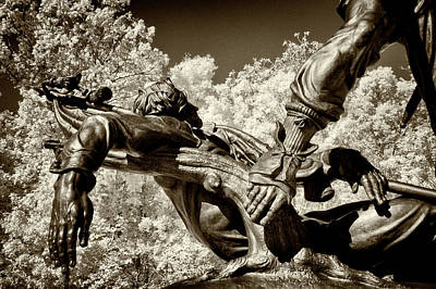 Photograph - Mississippi Memorial At Gettysburg by Paul W Faust - Impressions of Light