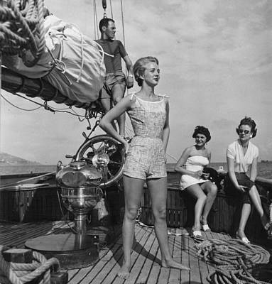 Photograph - Models On A Boat by Bert Hardy