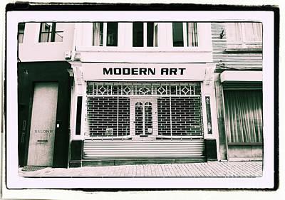 Photograph - Modern Art by Aapshop