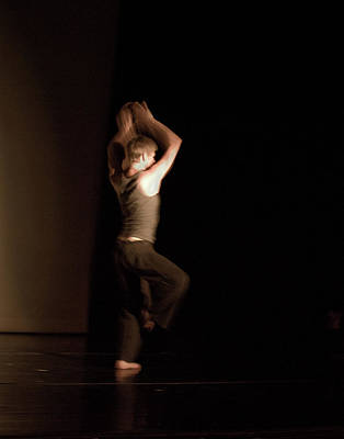 Photograph - Modern Dance 4 by Catherine Sobredo