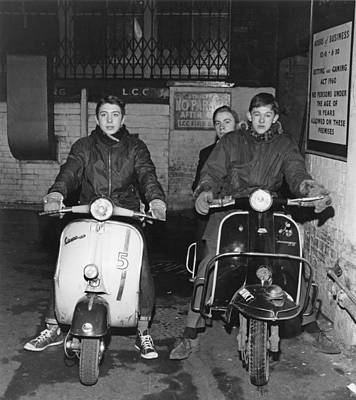 Photograph - Mods In Soho by David Redfern
