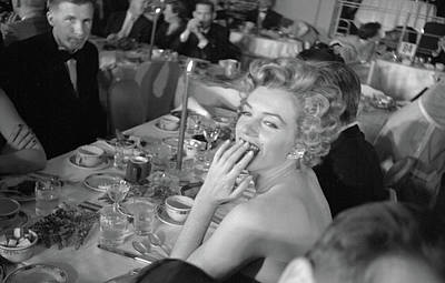 Photograph - Monroe Attends Fpah Awards by Loomis Dean