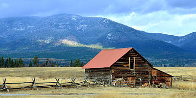 Photograph - Montana Ranch Building by Kae Cheatham