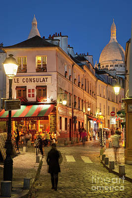 Photograph - Montmartre Evening by Brian Jannsen