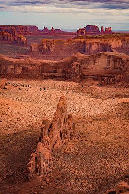 Photograph - Monument Valley From Hunt's Mesa by William Christiansen
