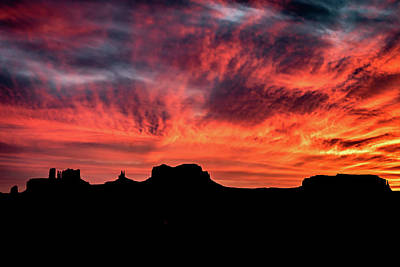 Photograph - Monument Valley Mile 13 Sunset by William Christiansen