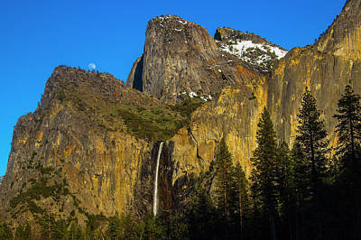 Photograph - Moonrise Over Bridalveil Fall At Sunset by Garry Gay