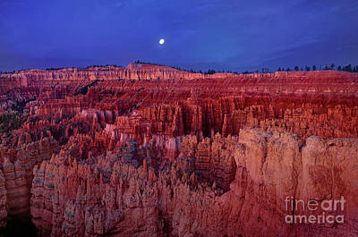 Photograph - Moonrise Over The Silent City Hoodoos Bryce Canyon National Park by Dave Welling