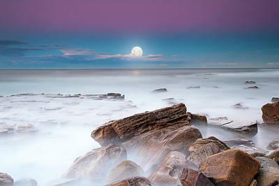 Photograph - Moonrise Over The Southern Rock by Bruce Hood