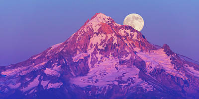 Royalty-Free and Rights-Managed Images - Moonrise by Patrick Campbell