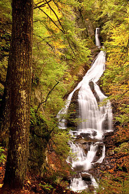 Vermont Photograph - Moss Glen Water Falls, Stowe, Vermont by Danita Delimont