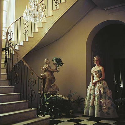 Indoors Photograph - Muffy Bancroft by Slim Aarons