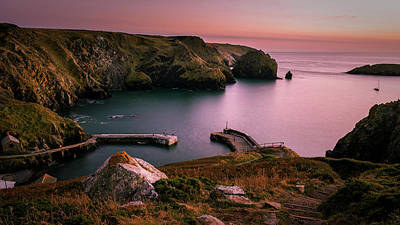 Mullion Cove Sunset - Cornwall General View Art Print
