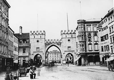 Photograph - Munich Karlstor by Hulton Archive