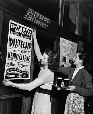 Pub Photograph - Music Night by Keystone