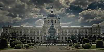 Photograph - Natural History Museum by Roberto Pagani