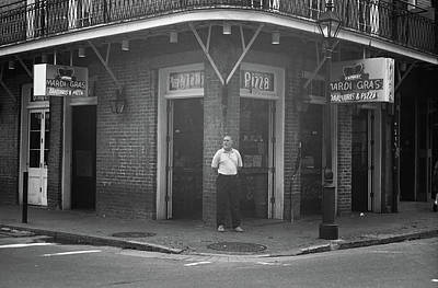 Photograph - New Orleans - Bourbon Street 2004 Bw #47 by Frank Romeo