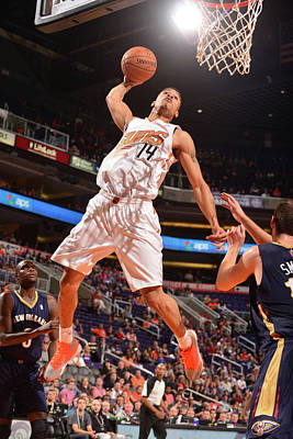 Photograph - New Orleans Pelicans V Phoenix Suns by Barry Gossage