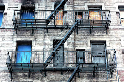 Photograph - New York City Escape by John Rizzuto