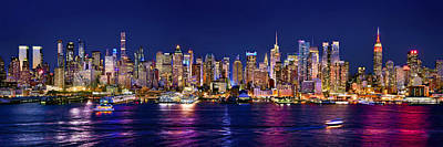 Panorama Wall Art - Photograph - New York City Nyc Midtown Manhattan At Night by Jon Holiday