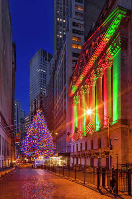 Photograph - New York City Stock Exchange Wall Street Nyse Xmas II by Susan Candelario