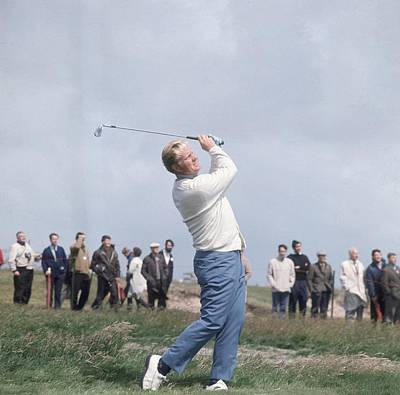 Photograph - Nicklaus Swings by Central Press