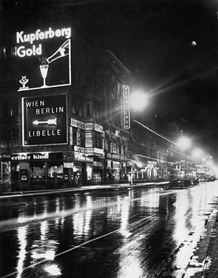 Photograph - Night Scene by Hulton Archive