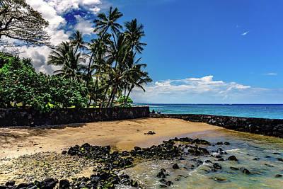 Photograph - Niumalu Beach by John Bauer