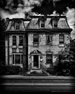 Photograph - No 370 Dundas Street West Toronto Canada by Brian Carson