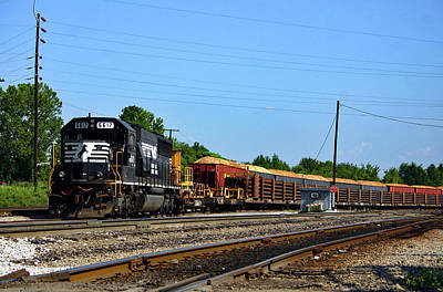 Photograph - Norfolk Southern 6617 by Joseph C Hinson Photography